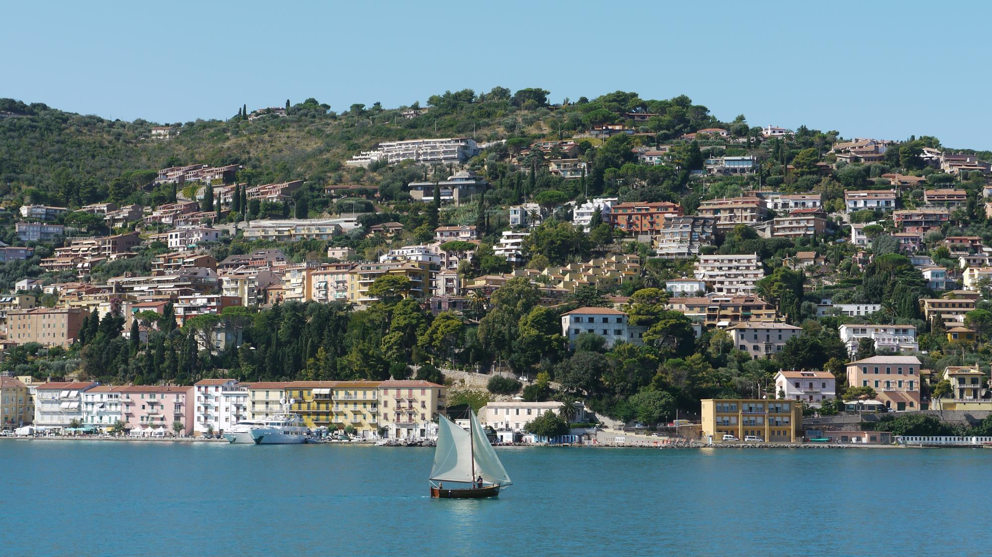 Porto Santo Stefano, from the ferry on our way to the island of Giglio